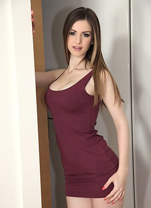 Babe Porn Pictures